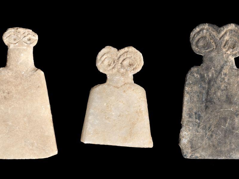Eye idols from Tell Brak