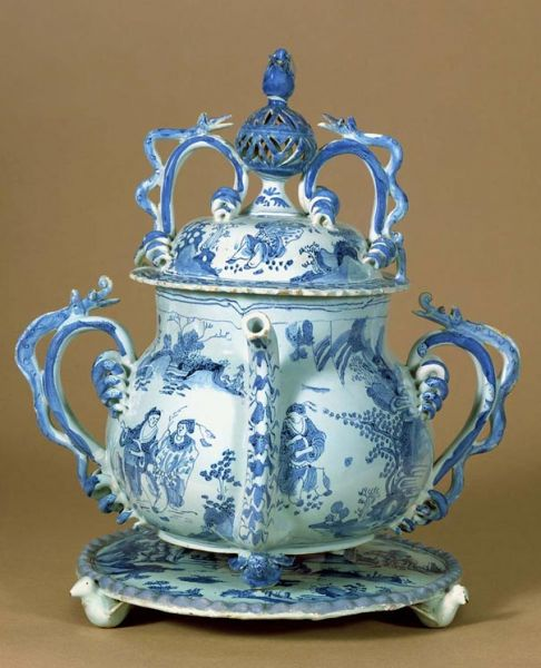 Featured image for the project: Posset pot and salver, 1685 and 1686