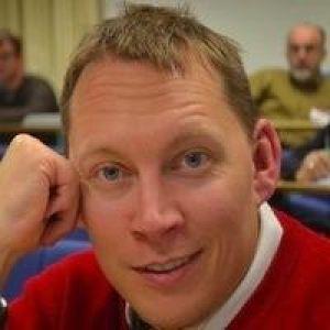Daniel Pett Profile image
