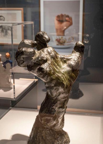 Empowerment and Rodin's Grande main crispée